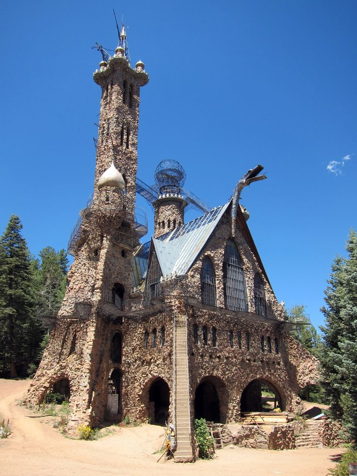 The Bishop Castle in Colorado (San Isabel National Forest) The best place where you should grab your inspiration. The castle was built only by one man called Jim Bishop.