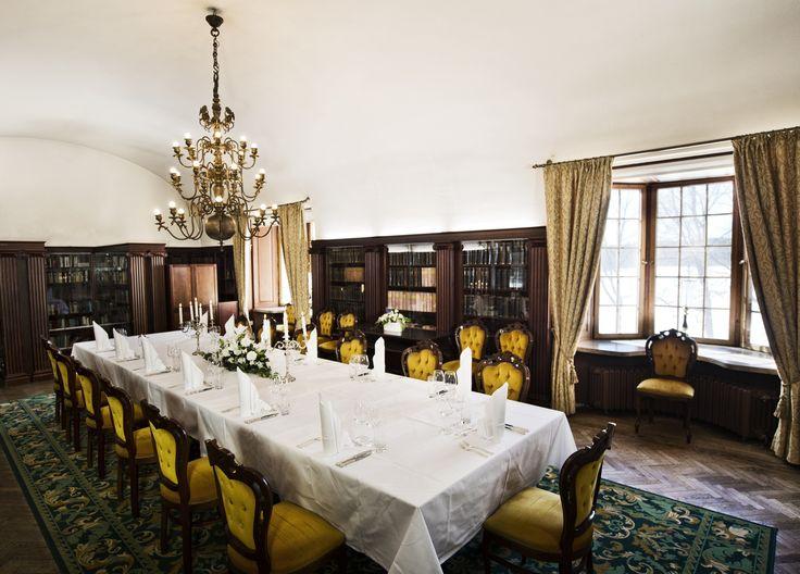 Vanha Kirjasto - Old Library  #vanajanlinna #hotel #dinner #restaurant