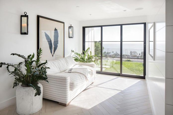 luminous-contemporary-laguna-beach-house-anders-lasater-architects-11