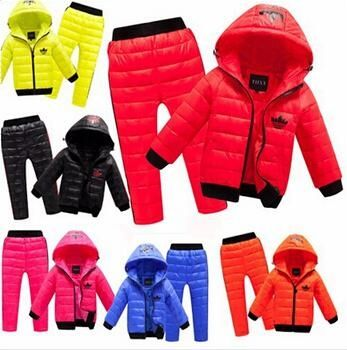 21.33$  Watch now - http://aligow.shopchina.info/go.php?t=32745621349 - New Children Set Boys girls Clothing sets  winter Warm 2-8year hoody Down Jacket + Trousers Waterproof Snow Warm kids Clothes  21.33$ #bestbuy