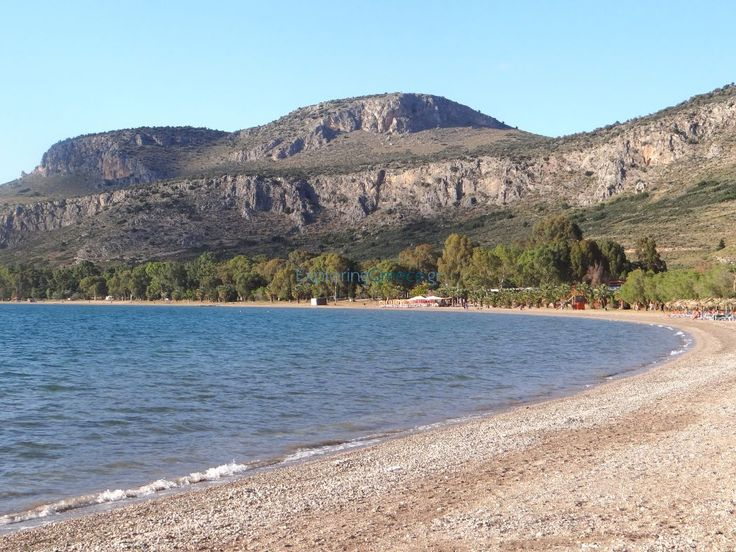 Η παραλία της Καραθώνας