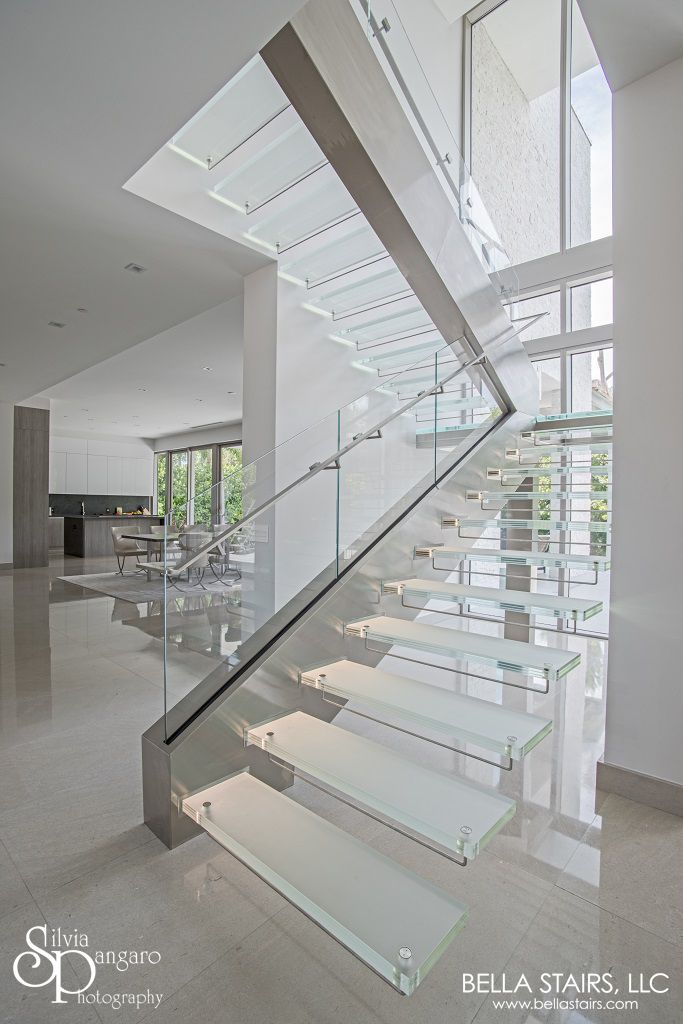 Floating Glass Staircase With Led Lighting Glass Staircase
