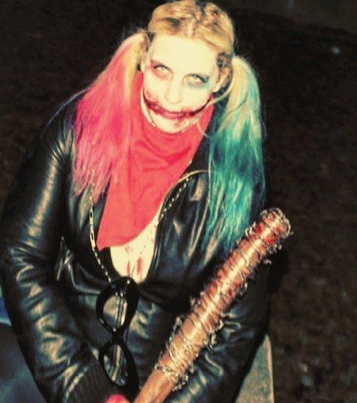 Do you play with me??? #love me #please I'm soo #sad #puddin #lucille #negan #cosplay #cosplayer #suicidesquad #blueeyes #thewalkingdead #harleyquinzel #harleyquinn #blood #halloweencostume #blondegirl #pink #cosplay #makeup #suicidesquad #darknight #joker #dccomics #batman #margotrobbie #harley #quinn #haircut #girl #girlsofinstagram
