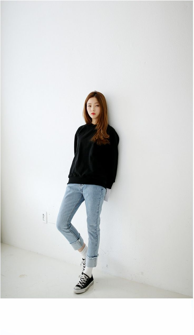 Soft Blue Roll Up Straight Jeans | Korean Fashion
