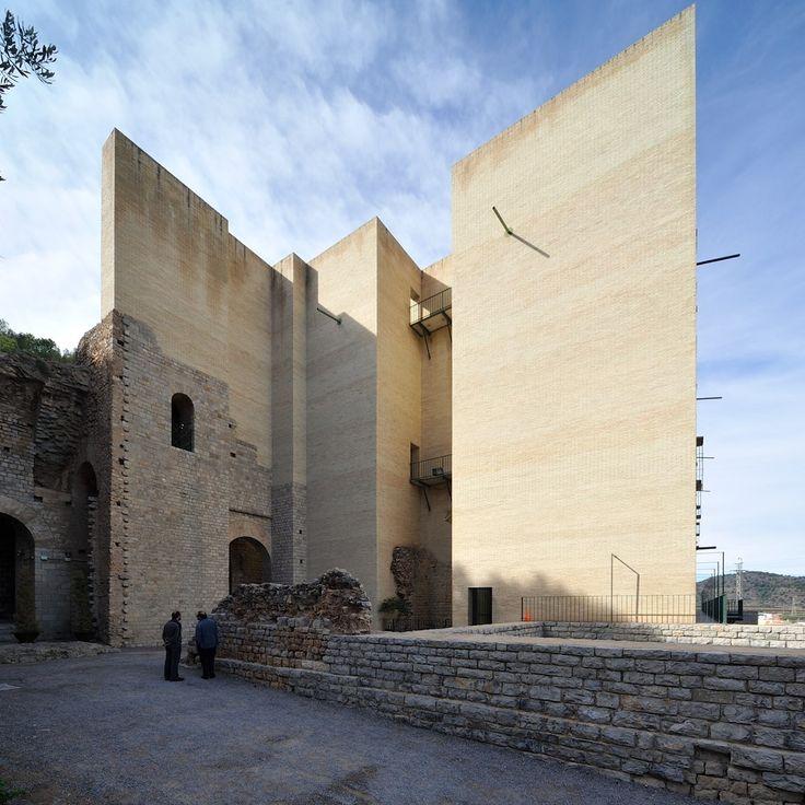 Teatro Romano di Sagunto, Valencia Spain | Giorgio Grassi and Manuel Portaceli (1985-86) (1990-93) | Visit site for more ...