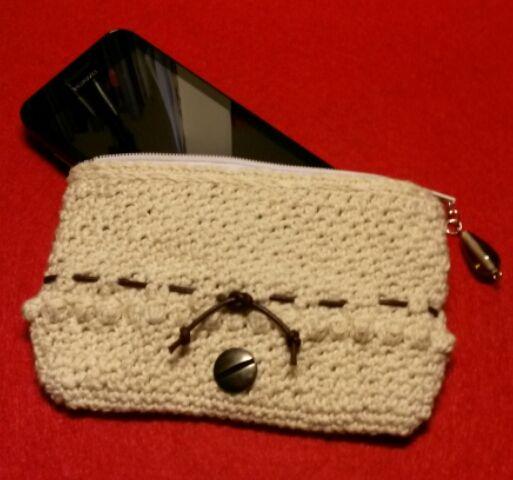 Lille pung - mobiltaske. Eget Design