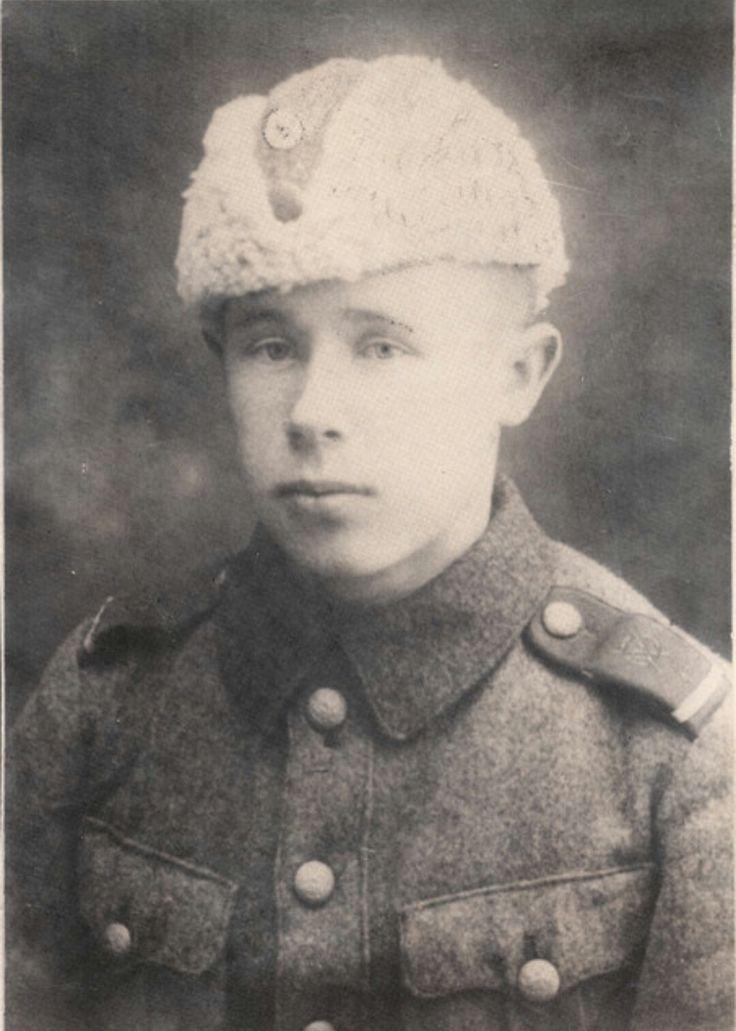 Simo Häyhä (1905-2002). Suomalainen talvisodan tarkka-ampuja.
