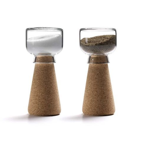 Amorim Cork Materia Par Salt & Pepper Shakers: Par Salt and Pepper Shakers have been designed by Nendo as part of the Amorim Materia collection. Fitting comfortably into your hand, these shakers rely on the cork component for upright support, a good hold and an airtight control of the contents. Amorim is a key leader in sustainable development, in addition to processing a 100% natural and recyclable product, by harvesting cork bark without cutting down the trees, Amorim actively contributes…