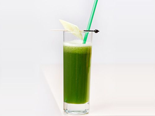 Fresh Spinach Juice with Apples