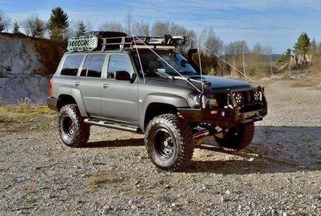 Nissan Patrol Y61 Wagon