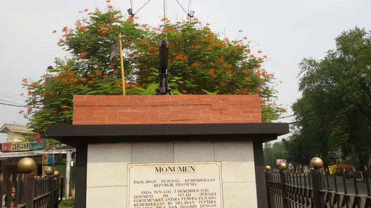 Senjata di Monumen Perjuangan Lengkong Bandung