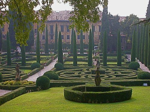 98 best renaissance garden images on pinterest for B b giardino giusti verona