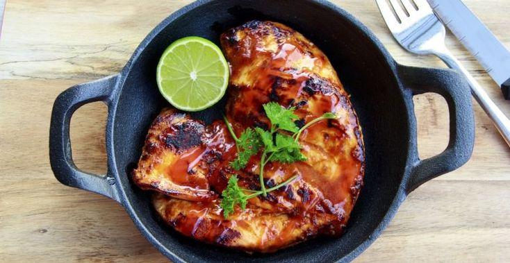 Az egészségesen táplálkozók nagyon sokszor választják a csirkemellet, hiszen ez az egyik legsoványabb húsok egyike. Sajnos viszont könnyen meg lehet unni.