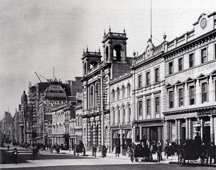 VIC - Melbourne - Union bank of Australia (1878), formerly at 351 Collins St and demolished in 1966. The tower down the street is the City of Melbourne bank, also demolished.