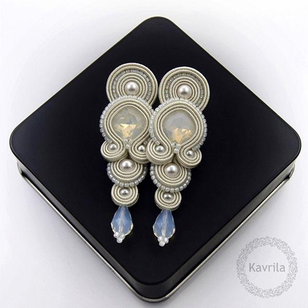 Glamour wedding soutache - kolczyki ślubne sutasz KAVRILA #sutasz #kolczyki #ślubne #rękodzieło #soutache #handmade #earrings #wedding #ivory #kavrila