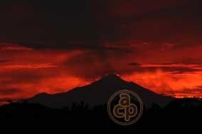 Atardecer en el Pico de Orizaba (Al Calor Político)