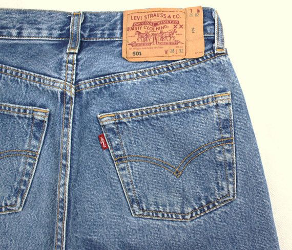 Levi s 501 Vintage High Waist Denim Jeans Medium Blue Wash Authentic Gift  Womens Slim Fit Straight Leg 24 25 26 27 28 29 30 31 32 33 34 Mom df0e41de29140