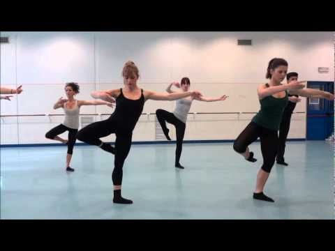 Gianin Loringett danse jazz cours elementaire - YouTube