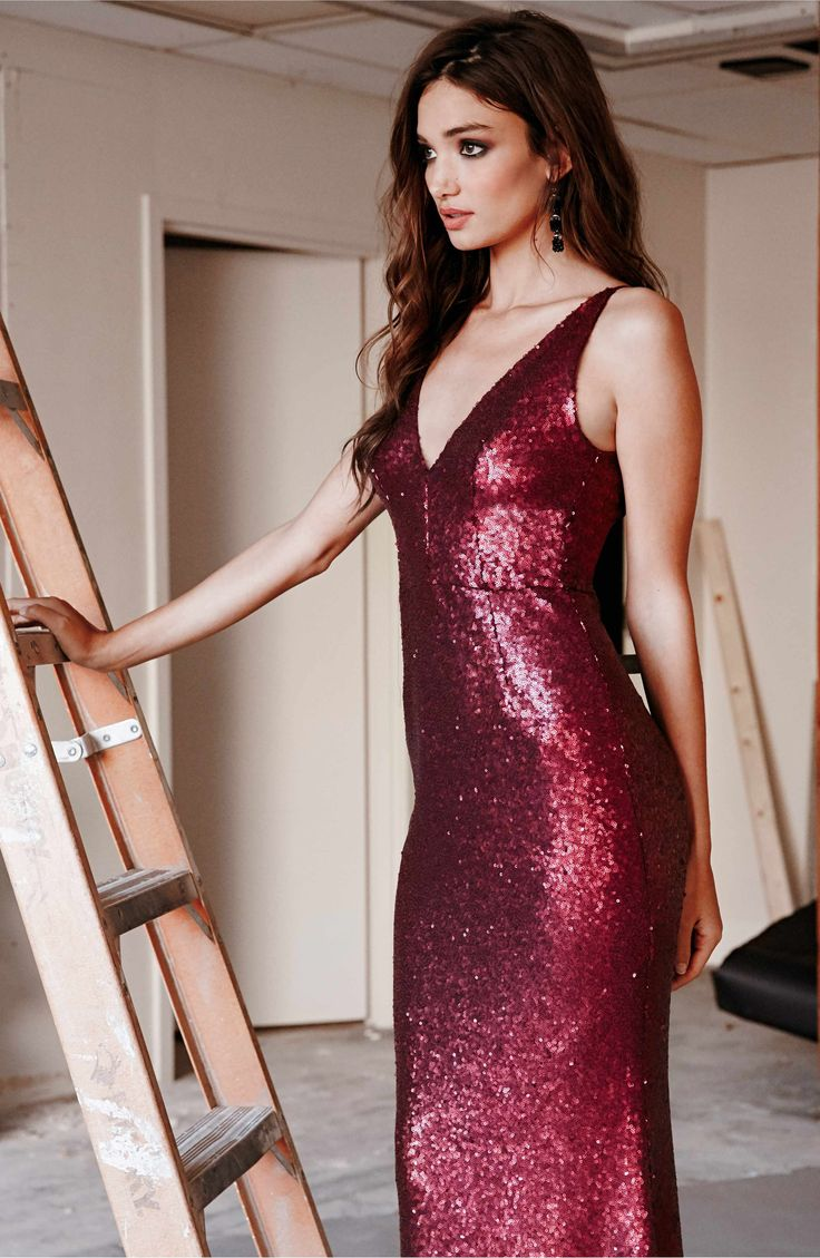 Harper Mermaid Gown by Dress the Population. In 8 great colors! Satin-finish sequins glisten over every curve flaunted by this décolleté gown.