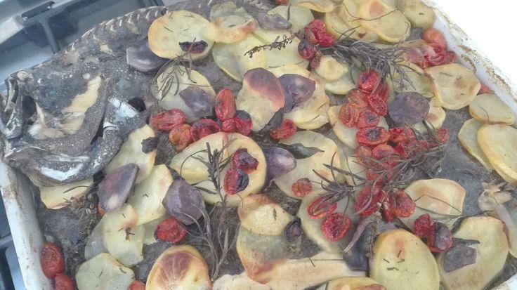 ROMBO al forno con patate e pomodorini datterini