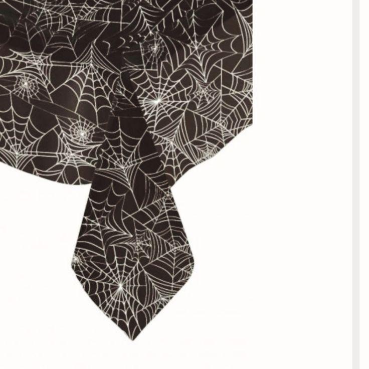 Tovaglia di plastica rettangolare con ragnatele la trovate su Vegaooparty.it