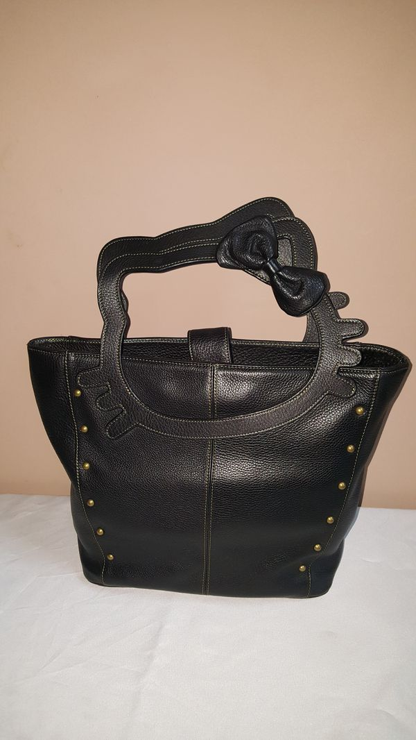 4b26601ebf Hello Kitty Genuine Leather Handbag for Sale in FL