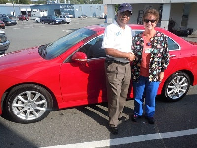 Folger Subaru Sales Consultant Bill Barber with Mrs. Godfrey and her 2007 Acura TSX sedan!