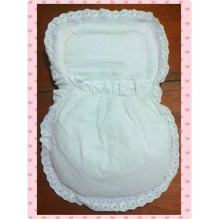Nana blanca con encaje para recién nacidos ♡ Tlf : 0412-8220400 #styleSyM  #nanas #nanaparabebes #Venezuela #baby #bebes #encajes