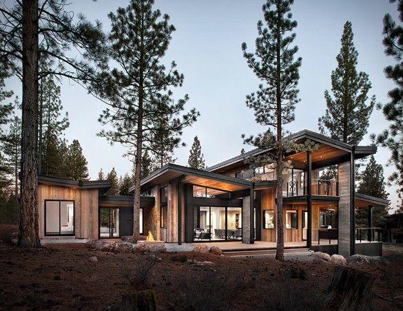 A Casa Martis-Dunsmuir é uma residência espetacular localizada perto do Lago Tahoe, Califórnia.Desenvolvido pelo escritório de arquiteturaSagemodern, a casa contemporânea rústica é projetada para o conforto, privacidade