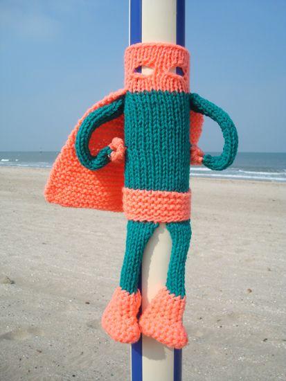 25+ best ideas about Yarn bombing on Pinterest Guerrilla ...