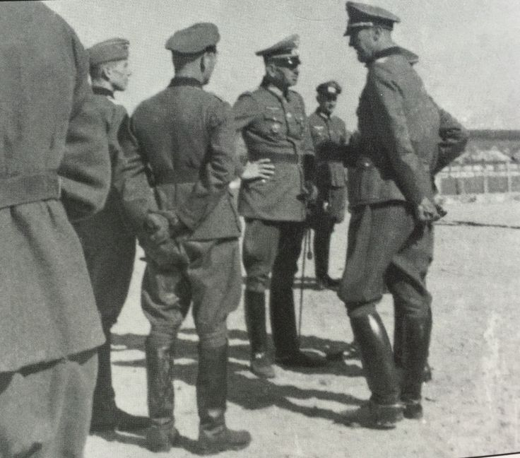 Oberleutnant Augustin was heavily wounded during the division's first attack in Stalingrad on 23 October. Major Hildebrandt and Hauptmann Rutt were more fortunate: they would be flown out of th pocket on 8 January, 1943, together with General von Schwerin, when the division was dissolved.