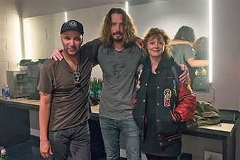 Tom Morello, Chris Cornell and Susan Sarandon pose for a photo back stage at Teragram Ballroom during the Anti-Inaugural Ball on January 20, 2017 in Los Angeles, California.
