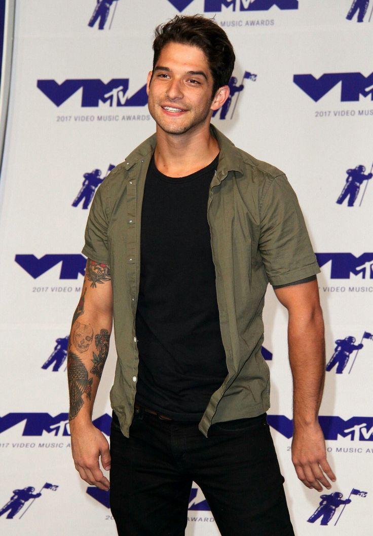 Tyler Posey #VMA << I imagine the Regan brothers having a skin tone similar to this