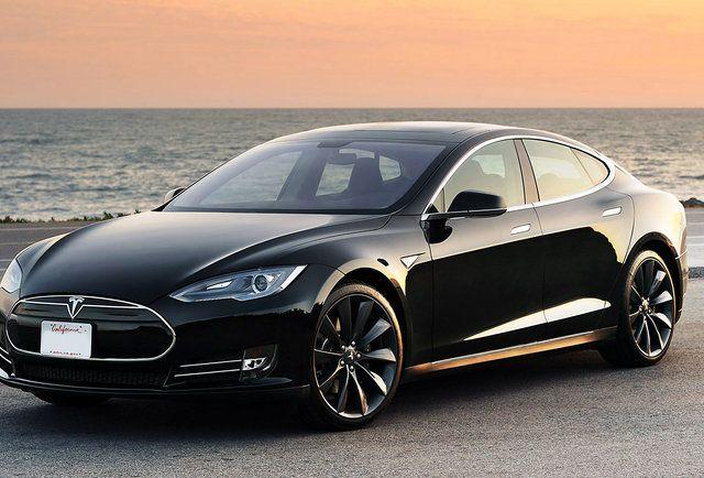 Tesla's Luxury Sedan Just Broke Consumer Reports' Rating Scale