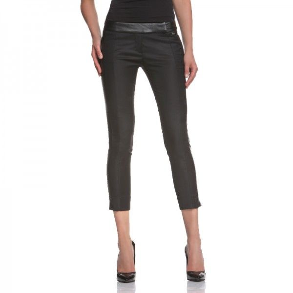 PANT. HATCHER ECOPELLE NERO Drainpipe pants, over the ankle length with standing pockets and a little slit at the bottom, pu leather inserts. http://shop.mangano.com/en/pants/16804-pant-hatcher-ecopelle-nero.html