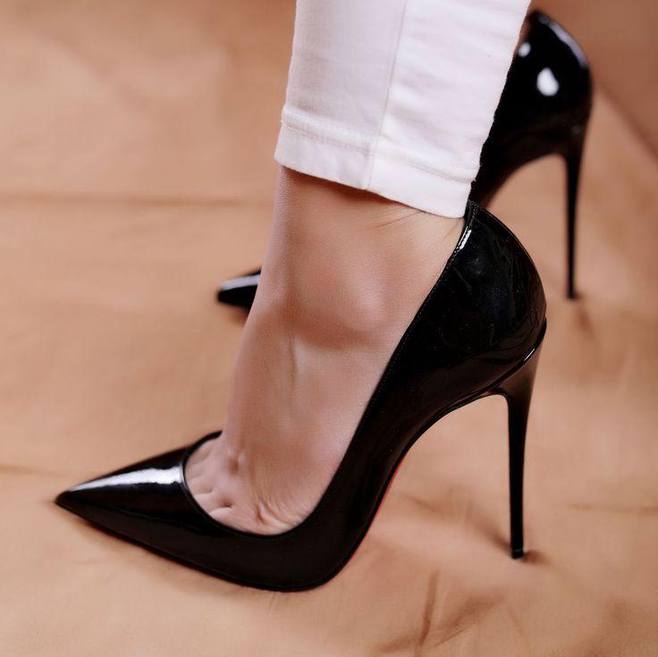 revendeur e3ba4 2d980 heels #highheels #sokate #louboutin | minimal chic ...