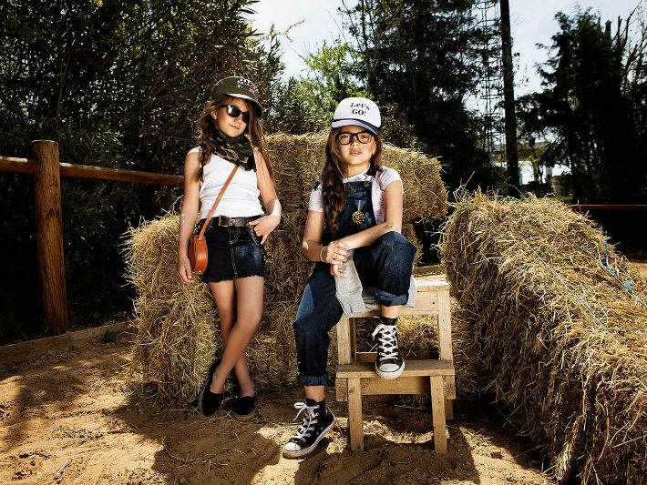 Mini Zini παιδικά ρούχα Άνοιξη Καλοκαίρι 2015 lookbook - http://egynaika.gr/paidi/mini-zini-pedika-roucha-anixi-kalokeri-2015-lookbook/