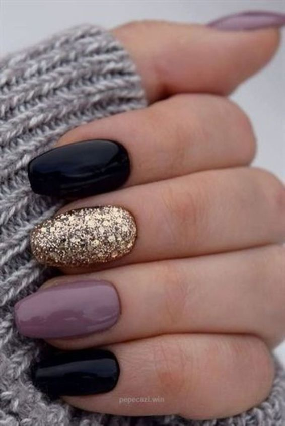 81 Short Nail Design Ideas For Summer 2019 Koees Blog Trendy Nails Nails Black Nails With Glitter