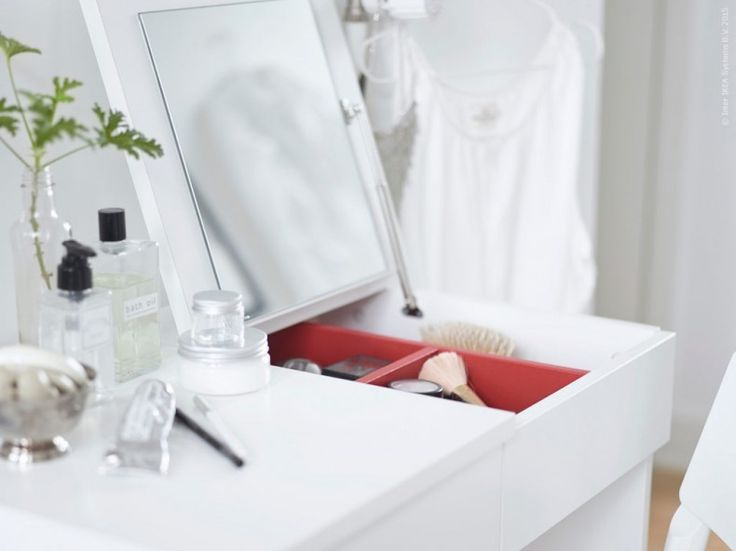 ikea hack  make up box with mirror in lid to stow away when not in use. 233 best BEAUTY STATION images on Pinterest   Dressing room