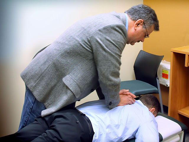 How Much Does A Chiropractor Cost