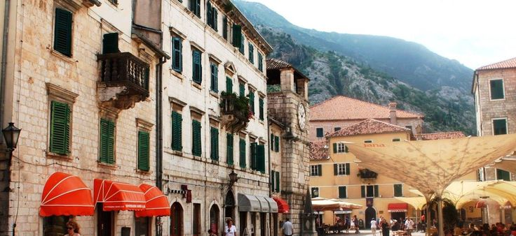 Kotor, Montenegro could be called as the Bride of the Adriatic. Discover its hidden piazzas, chic shops and cozy restaurants in a labyrinth of marbled lanes! #Kotor #Montenegro #travel #Adriatic #travellife