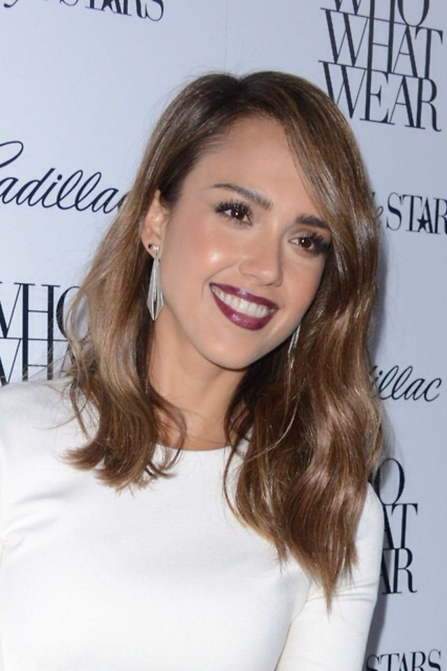 Jessica Alba long bob. I always love her hair