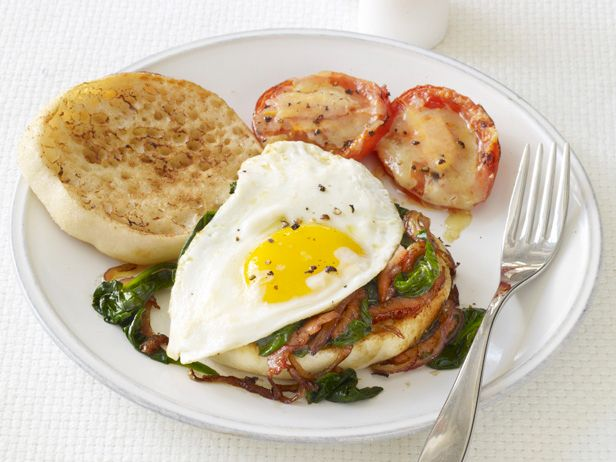 Spinach and Egg Sandwiches (plum tomato, English muffin, Canadian bacon, baby spinach, egg, cheddar)