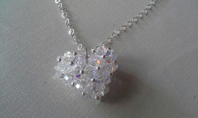 Corazon en cristales de searoski y plata