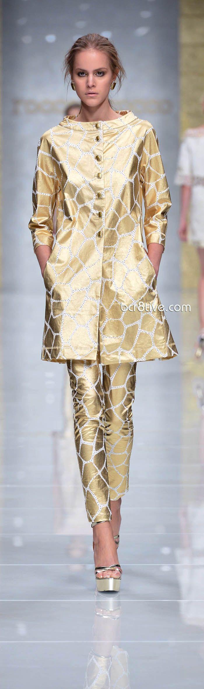 Roccobarocco Spring Summer 2013 http://www.fashion2dream.com/#!fashion-video/c1zvd #video