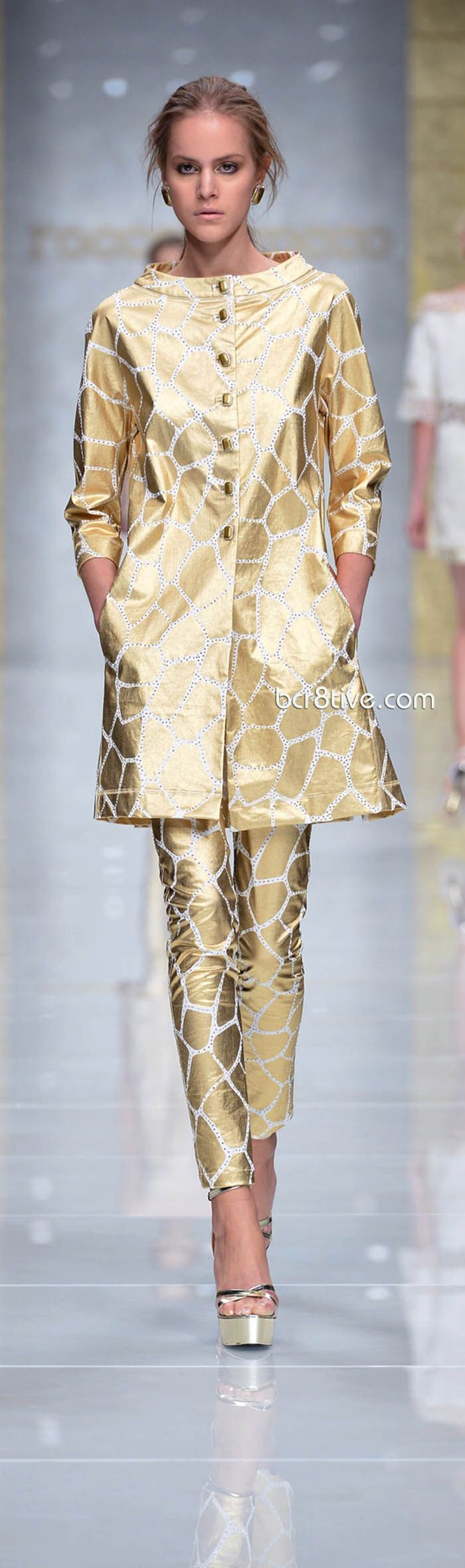 Roccobarocco Spring Summer 2013 http://www.fashion2dream.com/#!fashion-video/c1zvd #video