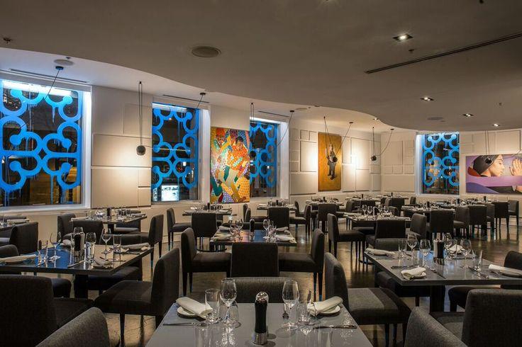 Le restaurant E.A.T de l'hôtel W Montréal est ouvert