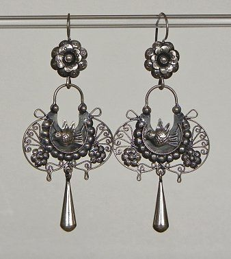 I want me some -Mexican silver earrings