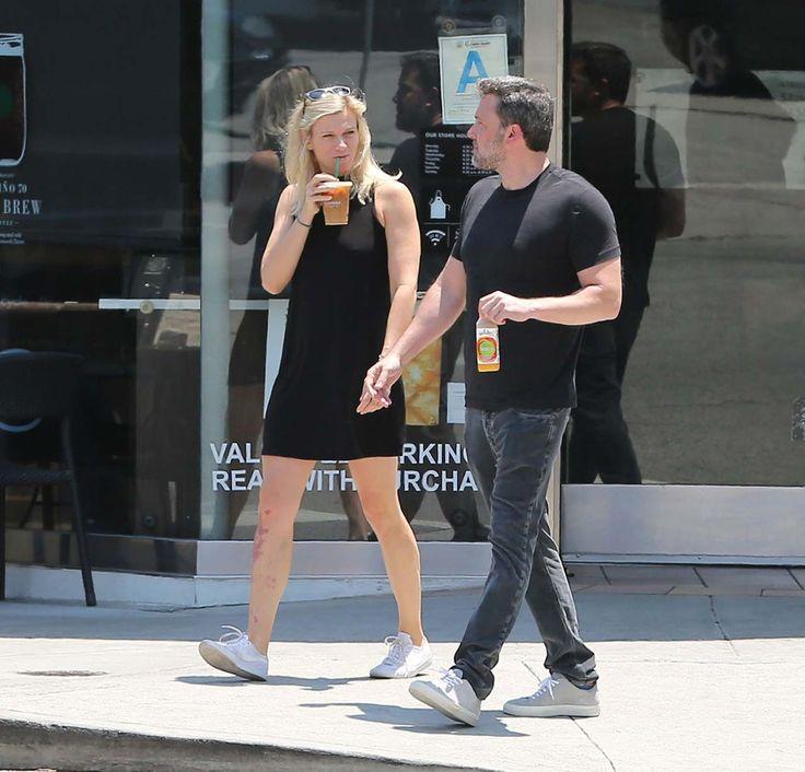 Ben Affleck And Lindsay Shookus Were Spotted Out For Coffee Date In Los Angeles #BenAfleck, #LindsayShookus celebrityinsider.org #celebritynews #Lifestyle #celebrityinsider #celebrities #celebrity