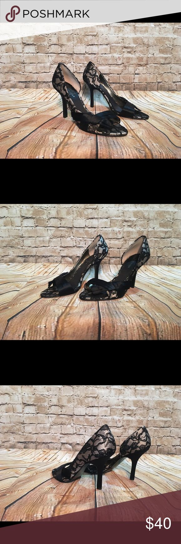 WOMEN'S NINE WEST HEELS SIZE 7.5M Lacy Stylish Heel. Nine West Size 7.5M Nine West Shoes Heels